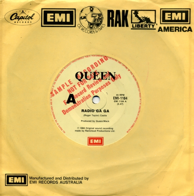 Queenvinyls SCAN 210