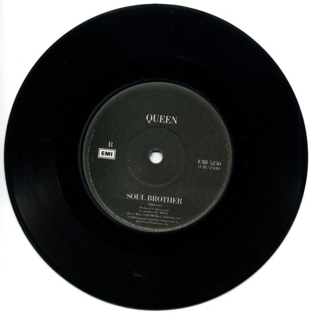 Queenvinyls SCAN 223