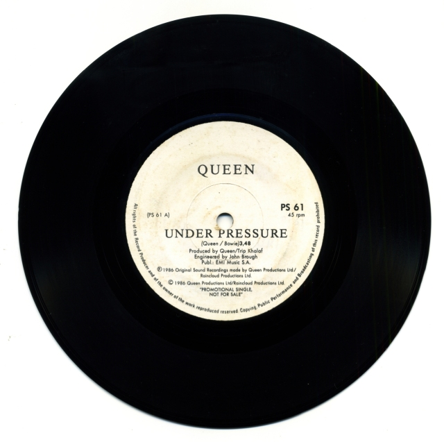 Queenvinyls Scan 321